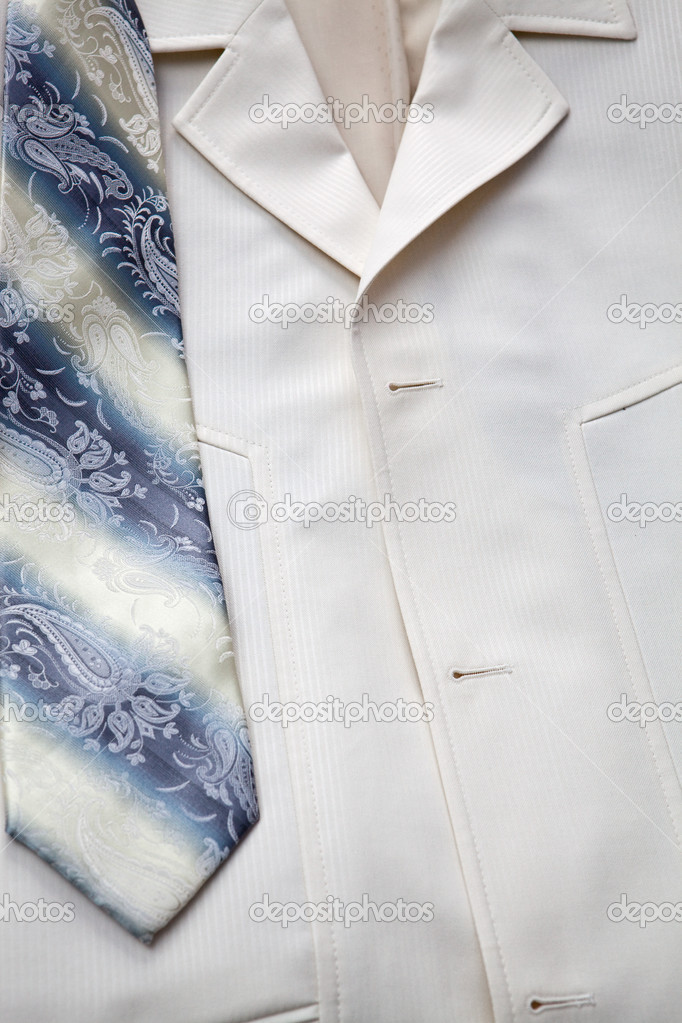 Jacket and tie of the groom — Stock Photo #4373041