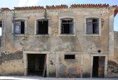 övergiven gammal byggnad — Stockfoto