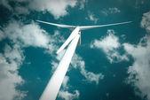 генератор энергии ветра мельница — Стоковое фото