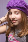 Flicka med hatt — Stockfoto