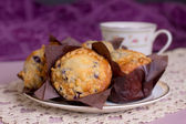 Muffins and Tea — Stock Photo