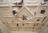 возрасте потолок — Стоковое фото