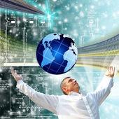 Utvecklingen av den nyaste telekommunikationen och internet — Stockfoto