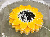 Jelly in the form of a sunflower — Stock Photo