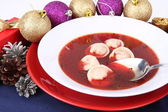 Red borscht with dumplings — Stock Photo