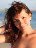 Krásná mladá žena portrét — Stock fotografie