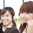 similing business kundtjänst på telefon — Stockfoto