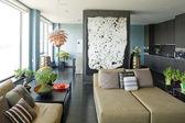 Interiör av moderna och stora vardagsrum — Stockfoto