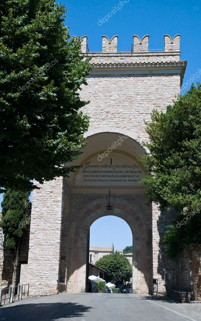 Porta Nuova. Assisi. Umbria. — Stock Photo #4028647
