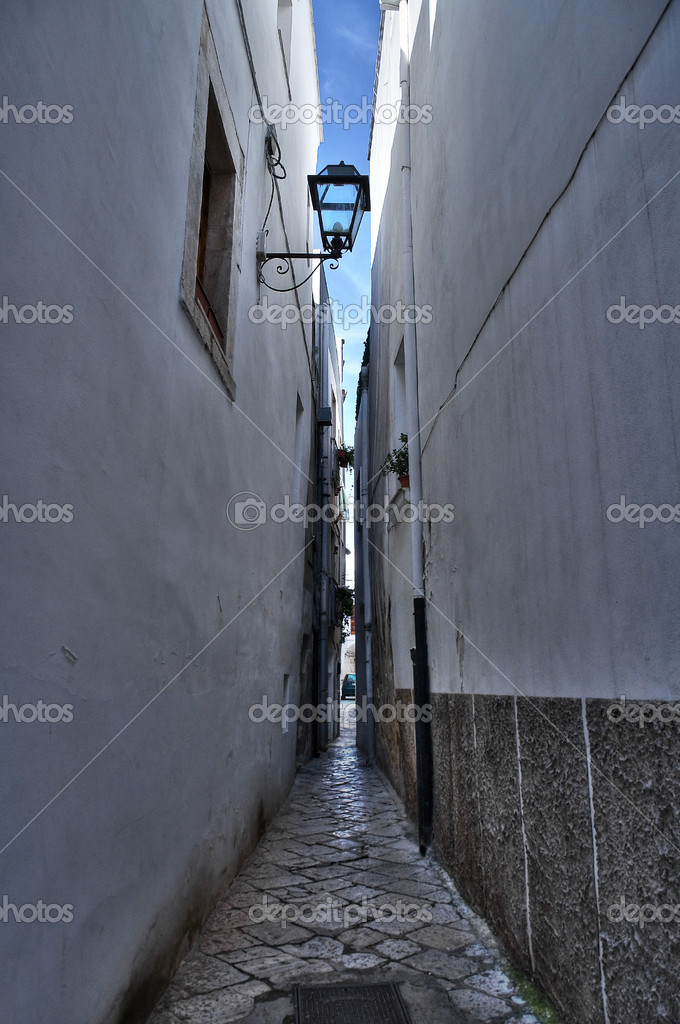 Alleyway. Rutigliano. Apulia. — Stock Photo #4642486