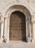 Cathedral portal church. Trani. Apulia. — Stock Photo