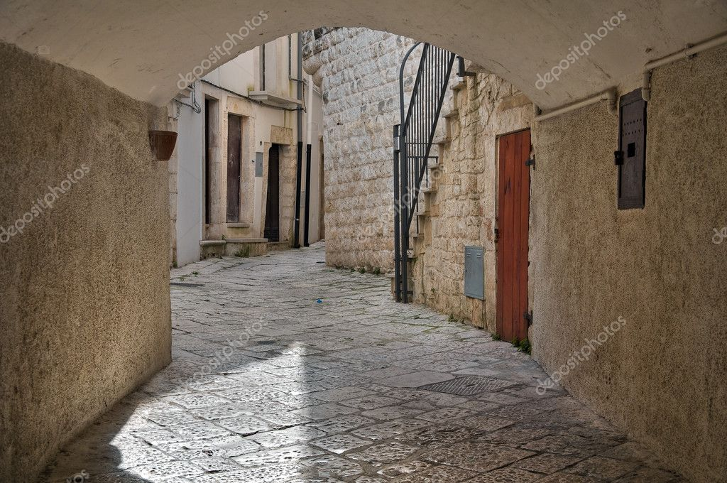 Alleyway. Putignano. Apulia.  Stock Photo #5011253