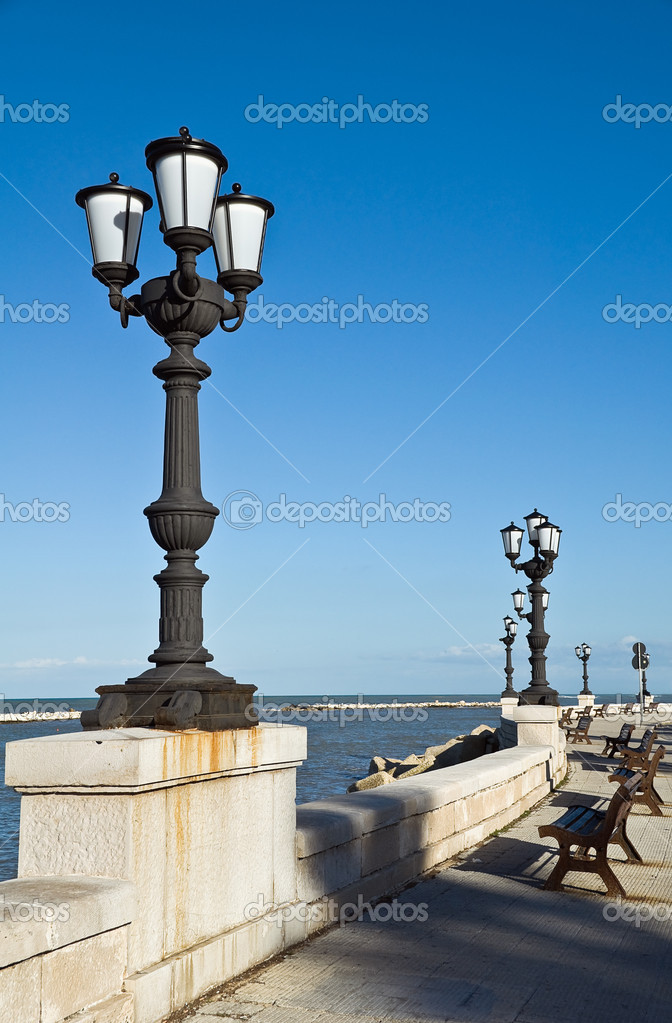 Panoramic view of Bari seafront. Apulia. — Stock Photo #5103733