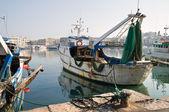 Panoramatický pohled na přístavu trani. Apulie. — Stock fotografie