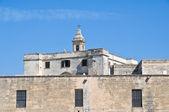 St. vito mučedník opatství. polignano mare. apulie. — Stock fotografie