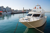 Boat moored at Monopoli port. Apulia. — Foto de Stock