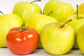 Tomato and apples — Stock Photo