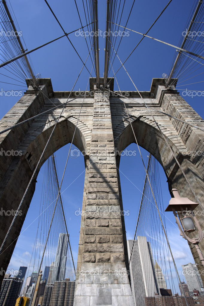 Photo of the Brooklyn Bridge in New York. — Stock Photo #4929058