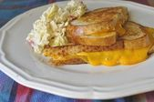 Grilled Sourdough and Cheese/Cold Slaw — Foto de Stock