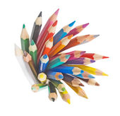 Grupa kolorowe kredki — Zdjęcie stockowe