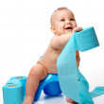 Child on potty — Stock Photo