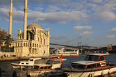 Bosphorus Bridge and Ortakoy Mosque — Stock Photo