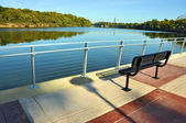 Park Bench Overlooking River — Stock Photo
