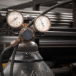 Gas Cylinder and pressure gauge — Stockfoto