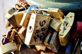金属锁 — 图库照片