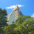 High building in Yalta, Crimea, Ukraine — Stock Photo