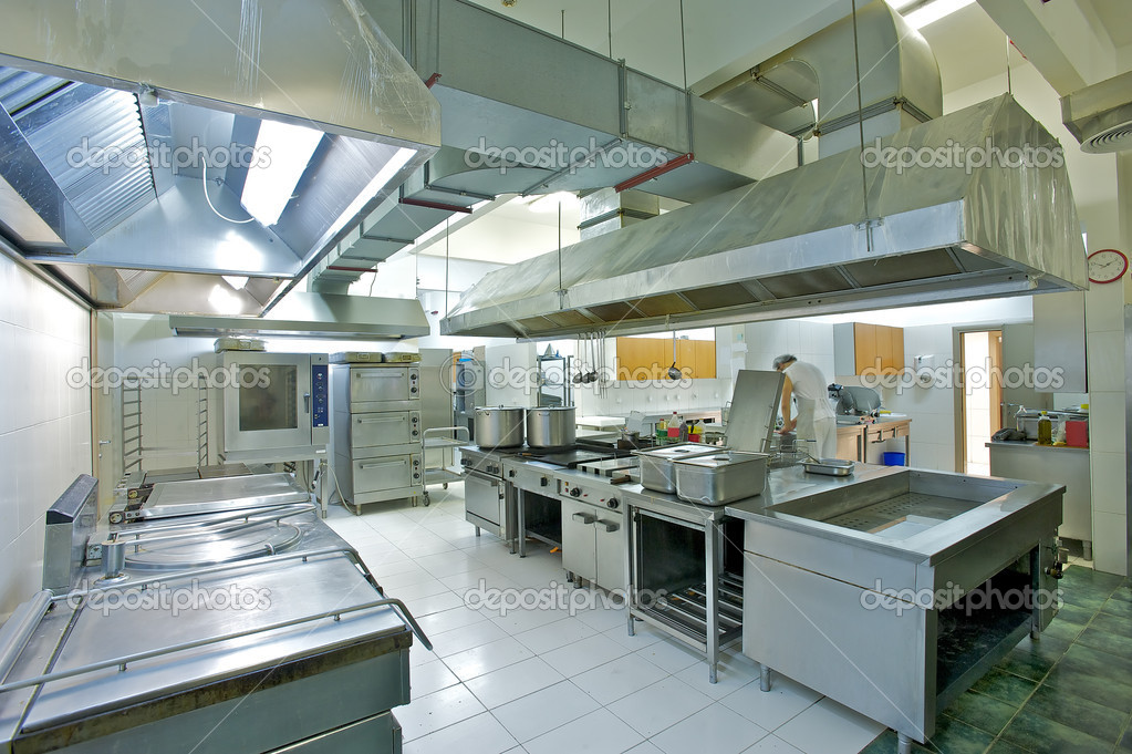 Overview of a professional kitchen with all the materials — Foto Stock #4022612