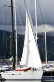 Sailboat in the marina — Foto de Stock
