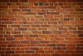 风化染色旧砖墙 — 图库照片