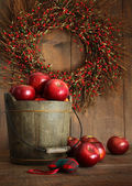 Wood bucket of apples for the holidays — Stock Photo