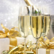 Champagne celebration for the new year — Stockfoto