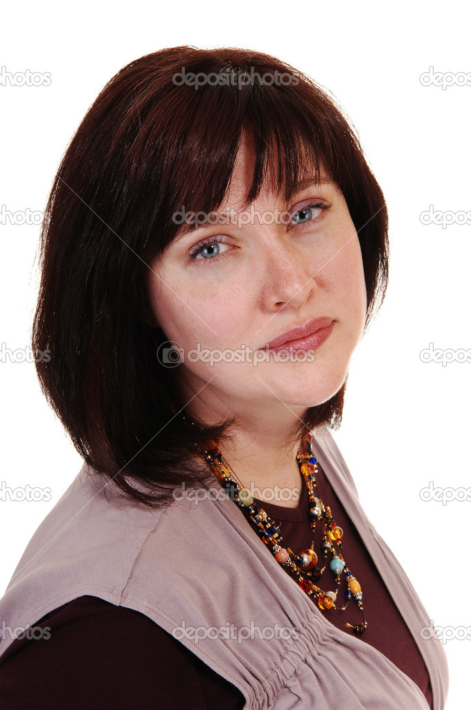 A beautiful woman in her forties with short brown hair, smiling intothe camera, on white background. — Stok fotoğraf #4059840