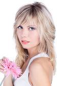 Vacker kvinna med blont hår — Stockfoto