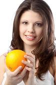 Kadın portakal ile — Stok fotoğraf
