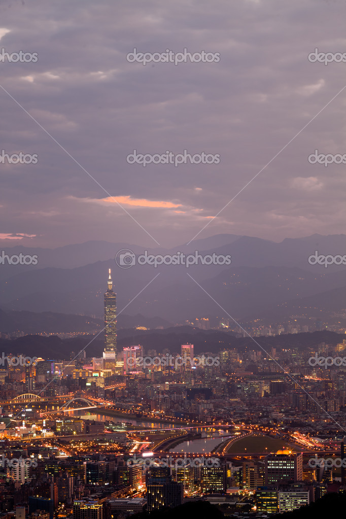 Night sense of the Taipei City — Stock Photo #4571727