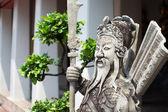 Oude sculptuur van chinese warrior — Stockfoto