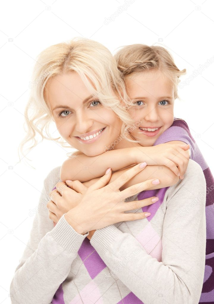 Bright picture of happy mother and little girl — Stock Photo #5291037