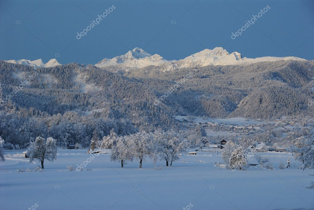 Winter view of Mt. Triglav from the fields near Bled — Stock Photo #4423532