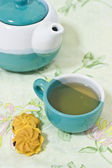Cookie and tea — Stock Photo