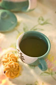 The cookie with Japanese tea — Stock Photo