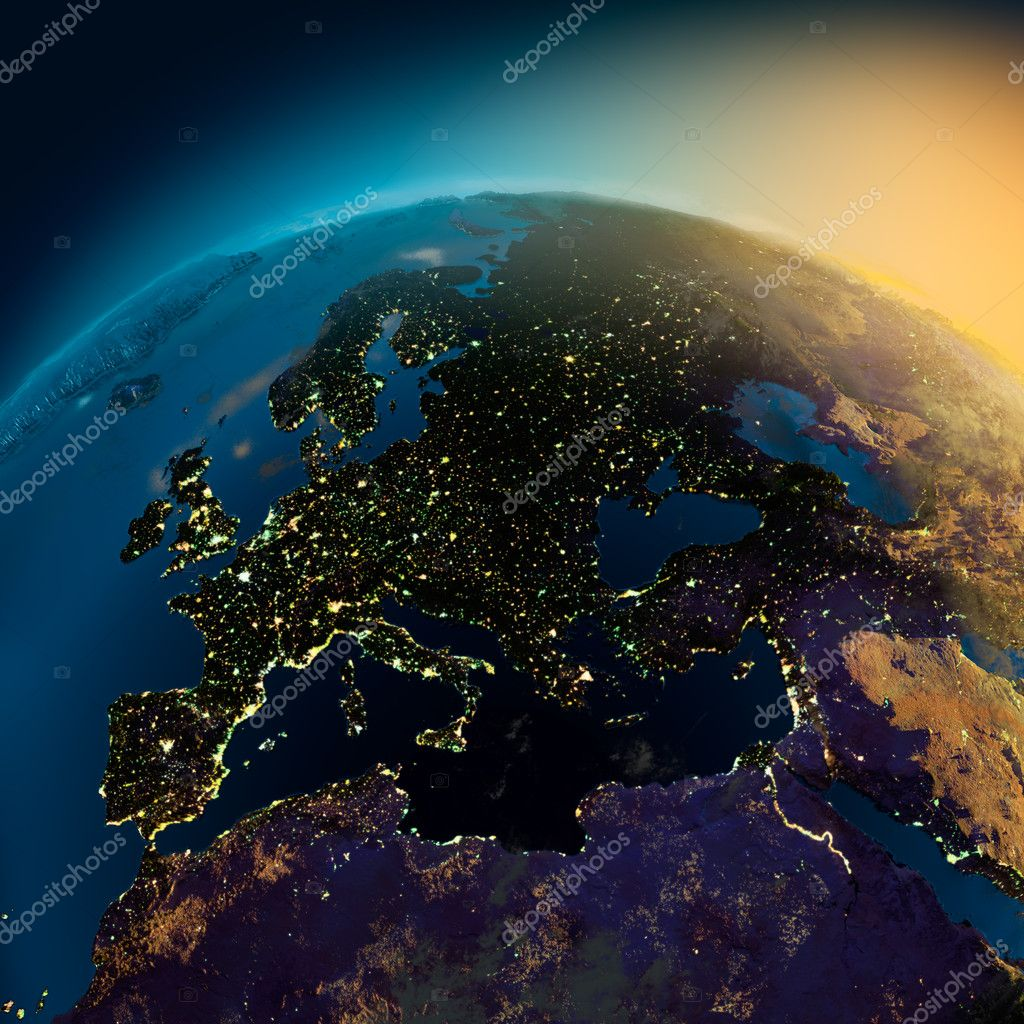 Night view of Europe from the satellite to the glowing lights of towns on the sunrise from the east — Foto Stock #3978212