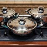 Set the pan on the stove — Stock Photo