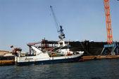 Boat in the port — Stock Photo