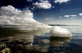 Het huidige staraja ladoga ijs — Stockfoto