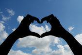Hjärtat av händer — Stockfoto