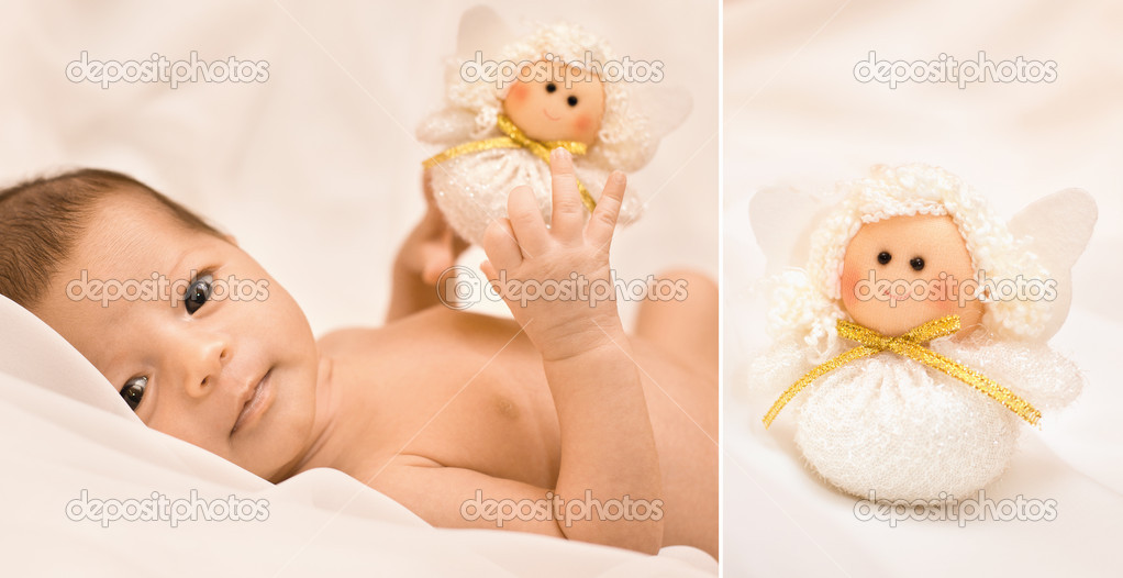 Laying small baby with a toy — Stock Photo #4418458